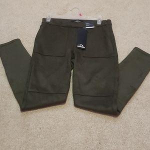 Brand new leggings